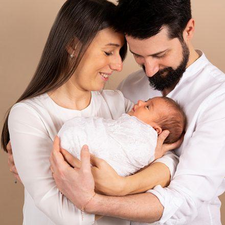 Servizio New Born – Si fanno anche le fotografie con i genitori?